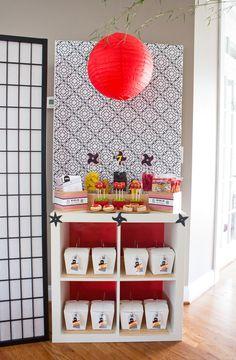 ninjago-birthday-party-favor-table