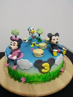 Mickey Mouse cake - cake by MilenaSP