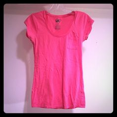 Organic cotton pink tee (S) 100% Organic cotton pink tee. Never worn, tags removed. Needs a new home! Tops Tees - Short Sleeve