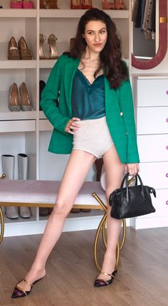 Staying in for a date, yet want to dress up? Here's a #fashionable #outfit you can wear for #datenight at #home Ps. Go to Brunette from Wall Street to find out how to wear this #trendingoutfit when #working from home, also! #springoutfits #moda #springworkoutfits #summerworkoutfits #springdateoutfits #summerdateoutfits #blazerdateoutfit #springoutfit #springworkoutfit #springdateoutfit