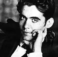 ¿De quién se trata compañeros? Es un poeta muy famoso reconocido por sus poesías y obras de teatro,es el poeta de mayor influencia y popularidad de la literatura española del siglo XX.