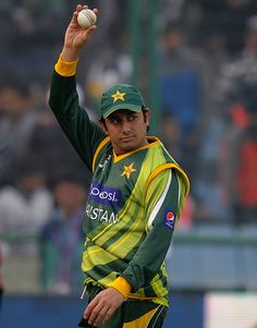 Magical Saeed Ajmal took five wickets in 3rd ODI against India #cricket #sports #Pakistan