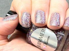 Shimmer Nail Polish - Karen
