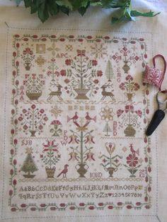 Tomorrow 39 s heirloom sampler club painted threads by for Christmas garden blackbird designs
