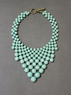 Another pretty bubble necklace