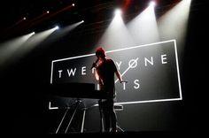 Tyler Joseph Twenty One Pilots Black White ~shreysomaiya Music Is My Escape, Music Is Life, Tyler Joseph Josh Dun, Screamo, Save My Life, Staying Alive, My Chemical Romance, Twenty One Pilots, Music Bands