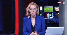 Turkish Army during the Coup Attempt forced the newscaster of TRT channel to read the coup's announcement on air. Later the journalist said that she couldn't do something else, as she read it under the threat of a military gun! Newscaster, Turkish Army, Something To Do, Twitter, Videos, Youtube, Turkey, Military, Germany