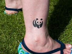 I would love to get this for my daughter Sophia who loves pandas and has donated to the WWF!
