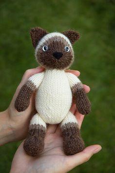 Siamese Kitty Knitting Pattern by fuzzymitten on Etsy