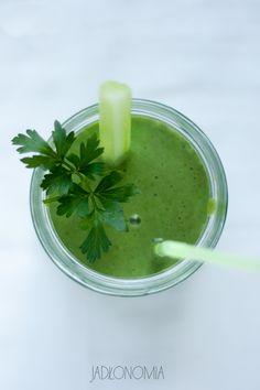 Zielony koktajl z jarmużem