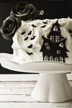 Curly Girl Kitchen: Black and White Haunted House Cake for Halloween
