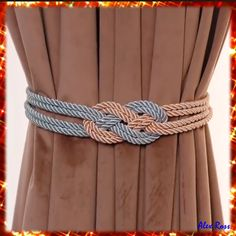 And here's a second home decor hack that helps You to use ropes for purposes You'd never think. This is a simple and chip garter for curtains. As always You can just take the idea for another kind of decoration! #homedecor #diy #diydecor #diyhomedecor #decor #roomdecor #diyproject #decoration #bedroomdecor #curtaindecor Rope Crafts, Diy Crafts Hacks, Diy Crafts For Gifts, Diy Home Crafts, Yarn Crafts, Arts And Crafts, Creative Crafts, Sewing Hacks, Sewing Projects