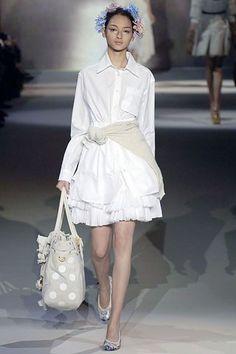 Louis Vuitton Spring 2007 Ready-to-Wear Fashion Show - Bruna Tenorio
