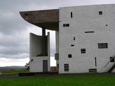 Notre Dame du Haut a excellent piece of architecture Le Corbusier, Architecture Design, Room Interior Design, Winter Travel, Notre Dame, Amsterdam, House Design, Mansions, House Styles