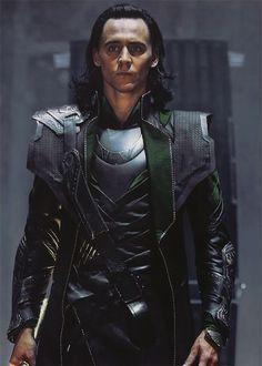 One of the Loki-est Loki pictures of Loki Loki-ing <- pinning in part because of the wonderous Loki and in part because of that comment.