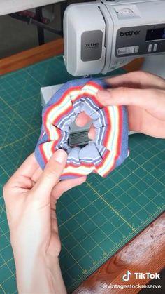 Sewing Hacks, Sewing Tutorials, Sewing Crafts, Sewing Patterns, Hair Tutorials, Fashion Sewing, Diy Fashion, Sewing Clothes, Diy Clothes