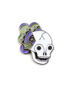 Flutter Skull Lapel Pin