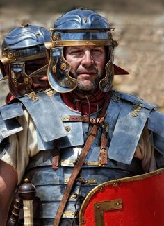 Legionario Romano alto imperiale con lorica segmentata