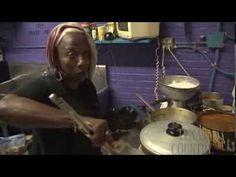 ▶ Nubian Queen Cafe (Texas Country Reporter) - YouTube