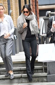EXCLUSIVE: **STRICTLY NO WEB UNTIL 1830 GMT 22ND NOV** Meghan Markle is spotted Christmas shopping in London, ahead of what many believe is her imminent engagement to Prince Harry.