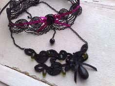 šperky (vyrobeno z krajky, strojová výšivka, korálky, řetízky, komponenty)