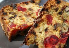 fruit cake slices