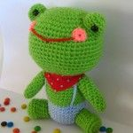 A bunch of cute free crochet patterns