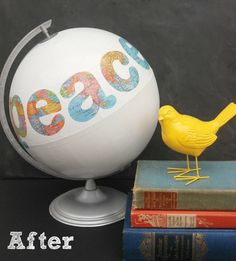 Peace on Earth Globe- for my bookshelf decoration. Need to go to the thrift store and find a world globe. Globe Projects, Globe Crafts, Map Crafts, Cool Art Projects, Craft Projects, Craft Ideas, Recycling Projects, Decorating Ideas, Art Globe
