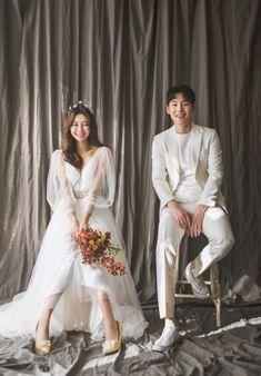 May Studio - Seoul Wedding Photographer Pre Wedding Shoot Ideas, Pre Wedding Poses, Pre Wedding Photoshoot, Korean Couple Photoshoot, Foto Wedding, Wedding Pics, Wedding Couples, Prenup Photos Ideas, Korean Wedding Photography