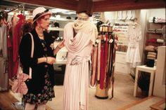 Written by John Hughes and directed by Howard Deutch, the 1986 movie 'Pretty in Pink' celebrates its 30th anniversary this year. The film follows the story of Andie (Molly Ringwald), who grows up on the poor side of town. Having a crush on a rich kid Blane (Andrew McCarthy), Andie must choose between him and …