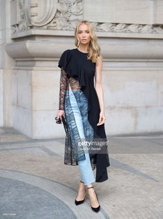 Tatiana Korsakova attends Elie Saab show as part of the Paris Fashion Week Womenswear Spring/Summer 2018 wearing a Adeam top ,Saint Laurent Jeans and Saint Laurent Shoes on September 2017 in Paris, France. (Photo by David M. Look Fashion, New Fashion, Trendy Fashion, Fashion Show, Womens Fashion, Fashion Design, Fashion 2018, Mode Portfolio Layout, Fashion Portfolio Layout