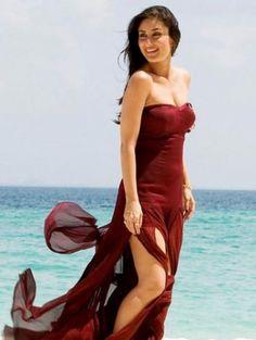 Sexy Spicy Kareena Kapoor #Kareena #Kapoor #Bebo #Pinterest