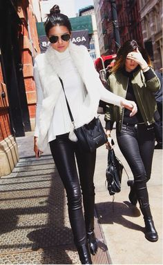 | Kendall & Kylie |