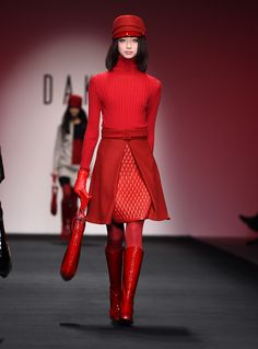 Highlights From London Fashion Week Fall 2015  - ELLE.com