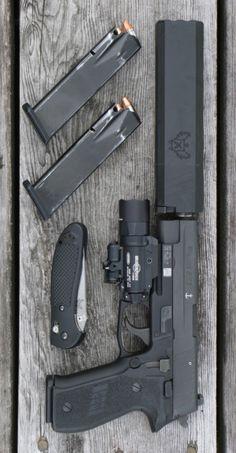 SIG SAUER - P226 MK25 4.4IN 9MM HANDGUN SEMI AUTO PISTOL FIREARM BLACK POLYMER SIGLITE NIGHT SIGHTS 15+1RD