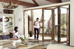 Les portes pliantes sont super pour sauver d'espace chez vous. Donc si vous n'avez pas d'espace libre pour une porte battante, cette variante va vous sauver