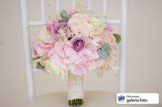 buchet mireasa 2017 valcea issamariage roz pal hortensia Wedding Bouquets, Bridal, Decor, Decoration, Wedding Brooch Bouquets, Bridal Bouquets, Wedding Bouquet, Wedding Flowers, Decorating
