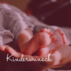 Wusstest du, dass im Ayurveda die Zeit vor der Schwangerschaft eine unglaublich wichtige ist? In dieser Vorbereitungszeit wird der Körper der zukünftigen Mama zunächst entlastet und im Anschluß auf allen Ebenen genährt. So wird die Basis für eine gelungene Empfängnis und eine gesunde Schwangerschaft gelegt..... Stress Management, Yoga, Ayurveda, Holding Hands, Menstrual Cycle, Fertility, Trying To Conceive, Feel Better, Pregnancy Planning Resources