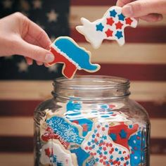 Election Day Cookies Recipe from Taste of Home -- Great if you're baking for a bake sale or just to remind co-workers to vote! Submitted by Colleen Sturma of Milwaukee, Wisconsin. Election Night Party, Election Day, Presidential Election, Elephant Cookie Cutter, Elephant Cookies, American Food, American Recipes, Soft Sugar Cookies, Star Cookies