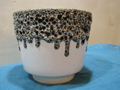 Fat Lava Planter – ES Keramik – Thick Lava Crust – 1960s 1970s Vintage German Pottery WGP – Mid Century – Black White von everglaze auf Etsy