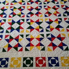 Quilting is finished in this King Quilt, yummie! Quiltsbytaylor.com