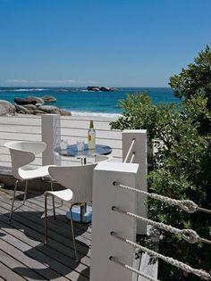 Let's have a drink on the terrace / c'est l'heure de l'apéro sur la terrasse avec vue sur la mer | More photos http://petitlien.fr/maisonsdevacances