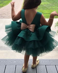 merald Green with some cuteness! Wedding Dresses For Girls, Dresses Kids Girl, Girls Party Dress, Girl Outfits, Flower Girl Dresses, Kids Dress Wear, Kids Gown, Baby Girl Dress Patterns, Baby Dress Design