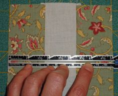 The perfect 1/4 inch seam. Correct-Seams In case I take up quilting, this info will be a must!