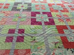 An all over quilting design from House of Creations.biz - which adds great movement to a quilt with very straight lines.
