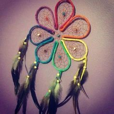 Flower shaped dreamcatcher