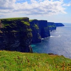 Cliffs of Moher in Ireland - Babetts Bildergalerie - Canvas Artwork Cliffs Of Moher, Floating Frame, Stretched Canvas Prints, Canvas Artwork, Wood Print, Picture Show, Custom Framing, Wall Murals, Water