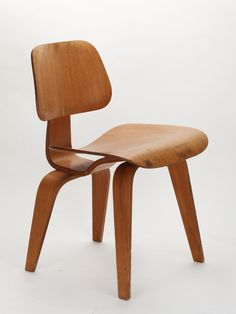 Charles & Ray Eames, DCW Dining Chair Wood (1946, 1. Serie)