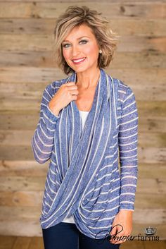 My Favorite Things Stripe Top - Royal Blue 60 Fashion, Fashion Over 50, Fashion Beauty, Fashion Outfits, Estilo Casual Chic, Classy Casual, Hair Pictures, Fashion Pictures, Hair Styles 2014