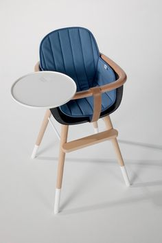 Beautiful high chair design by Micuna, Spain